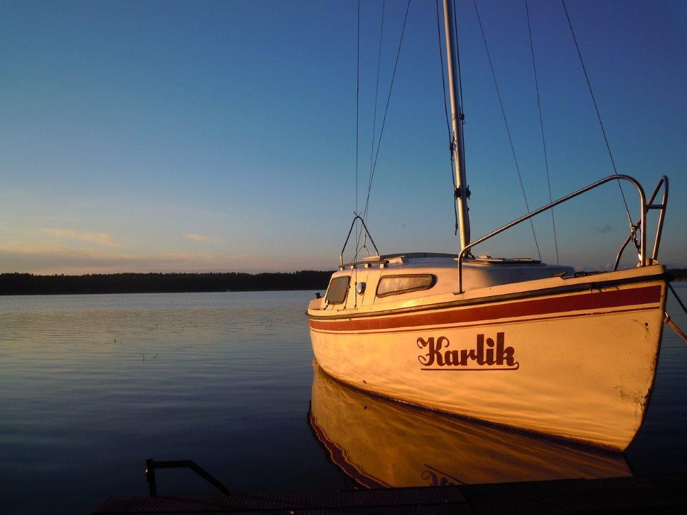 Hotel nad jeziorem - dlaczego warto odwiedzić Mazury?